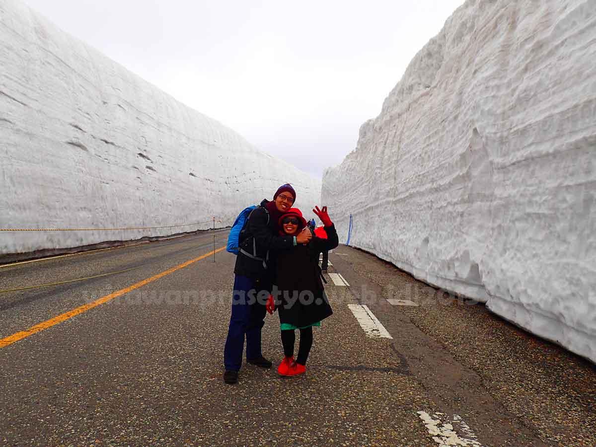 Tateyama Kurobe Alphine Route - Kami Berdua