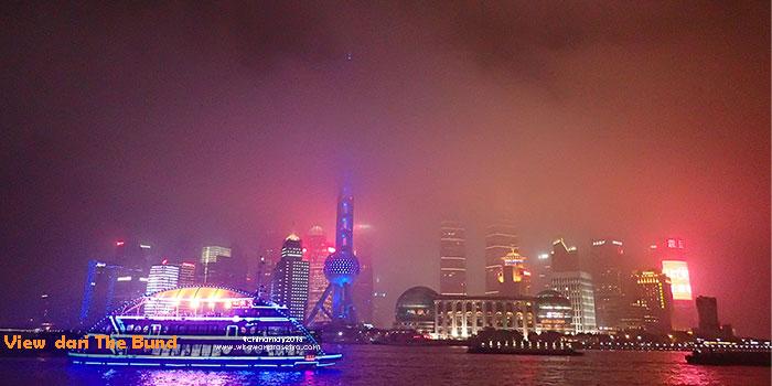 Warna Warni Pearl Tower dan Pudong Area dilihat dari The Bund