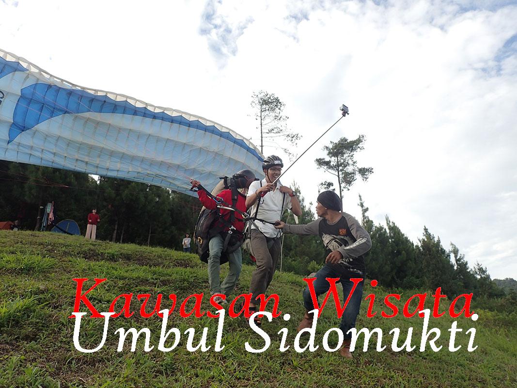 Menikmati paralayang dan wisata alam Umbul Sidomukti