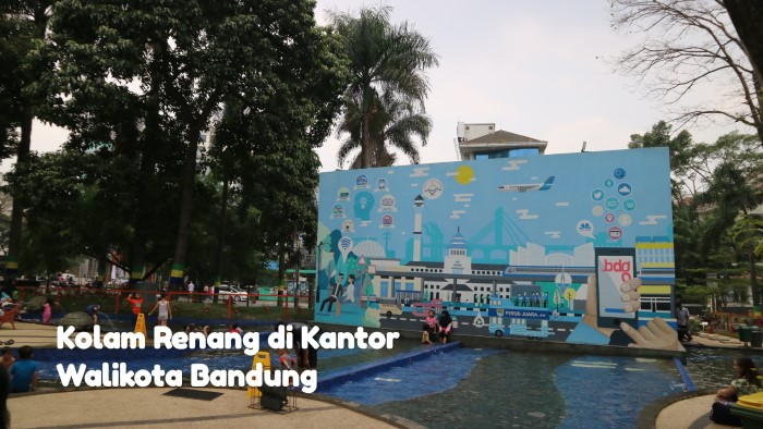 Kolam Renang di Kantor Walikota Bandung